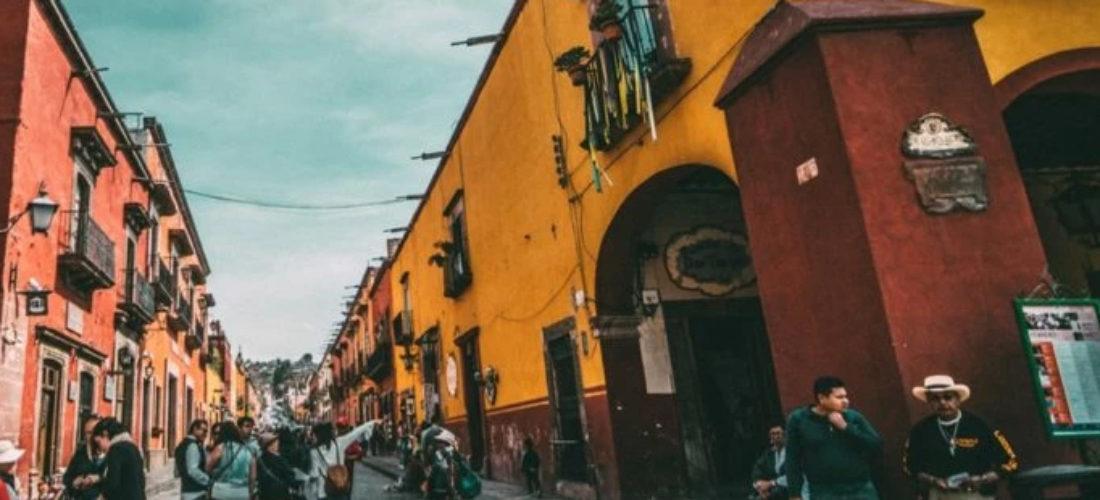 Caminos de ida y vuelta: España y México hoy