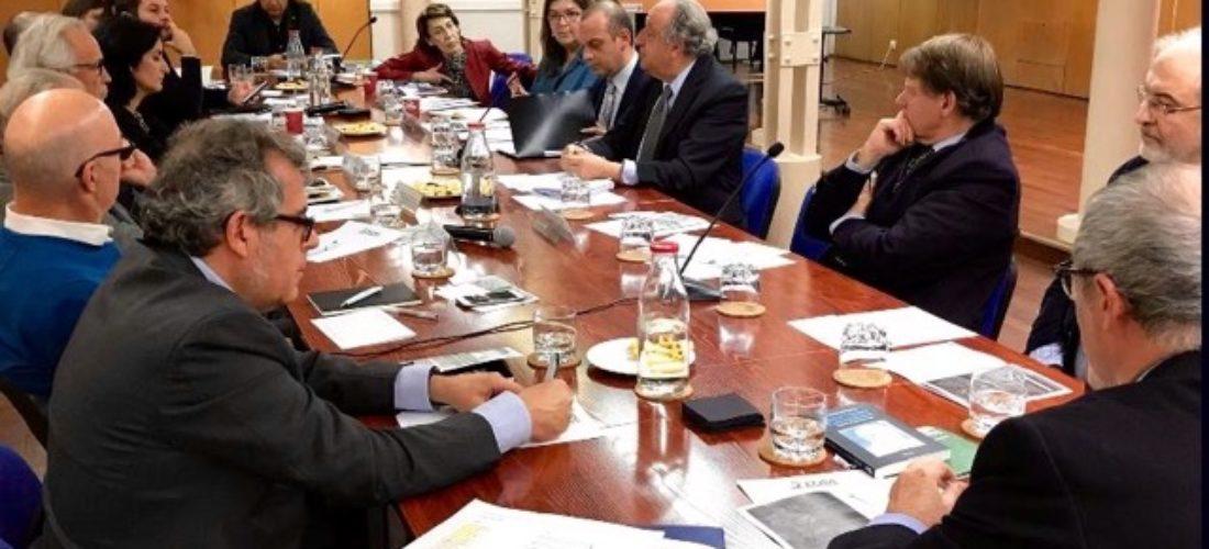 El III Coloquio Hispano-Colombia se afianza como foro de análisis de grandes expertos